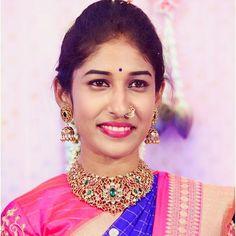 Indian Jewellery Design, Bead Jewellery, India Jewelry, Gold Jewelry, Antique Jewelry, Diamond Jewellery, Jewellery Designs, Antique Gold, Wedding Jewelry