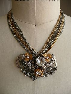 VINTAGE 1940's SIGNED MIRIAM HASKELL NECKLACE