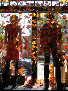 Make a window that will carry you from October through Thanksgiving with just a swap-out of merchandise. http://TGtbT.com, for consignment and resale shopkeepers, says These strings of fall leaves are easy to make and easily stored for next year