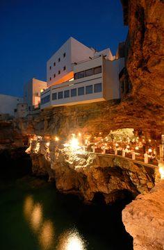 Il ristorante estivo in grotta, uno scenario unico al mondo - I Ristoranti - HOTEL RISTORANTE RICEVIMENTI Polignano a mare Bari Puglia
