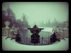 Running in the snow to Chopin and fell in love again with London all over again at the Italian Fountains