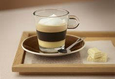 White chocolate coffee By Nespresso. White Chocolate Syrup, Café Chocolate, Chocolate Flavors, Chefs, Ninja Coffee Bar Recipes, Nespresso Recipes, Food For The Gods, Coffee Geek, Coffee Cookies