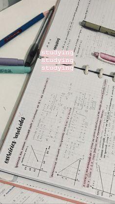 School Organization Notes, Study Organization, School Notes, College Motivation, Study Motivation, Study Corner, Study Pictures, Pretty Notes, School Study Tips