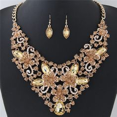 Wealthy Hollow Flowers and Vines Design Luxurious Necklace and Earrings Set - Champagne