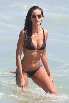 Photo of Katie Cassidy Flaunts Her Killer Bikini Body During a Miami Getaway Swimsuits, Bikinis, Swimwear, Izabel Goulart, Girl Attitude, Rita Ora, Bikini Photos, Bikini Bodies, Crochet Bikini