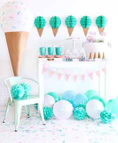 Ice Cream Party Ideas - Mint Green, Aqua, and Light Pink Party Ideas - How to host an affordable ice cream bar party - DIY Ice Cream Cones - Ice Cream Idea Green Ice Cream, Ice Cream Theme, Ice Cream Party, Pink Parties, Summer Parties, Summer Party Themes, Ice Cream Dishes, Creative Party Ideas, Ideas Party