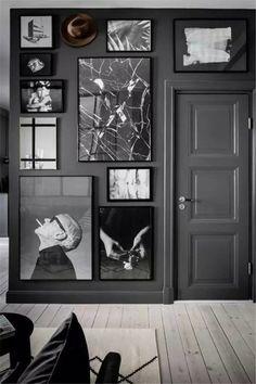Großartig Unglaublich comment accrocher un tableau au mur déco salon noir bla. Dark Walls, Grey Walls, Decor Interior Design, Interior Decorating, Decorating Tips, Interior Ideas, Room Interior, Apartment Interior, Apartment Entry