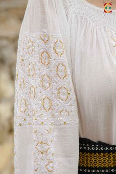 Floral Tie, Smocking, Elsa, Diy And Crafts, Women's Fashion, Costumes, Embroidery, Clothes, Kleding