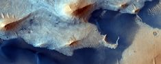 Central Deposits in Pasteur Crater NASA RELEASES 1,000 NEW IMAGES #nasa #Mars