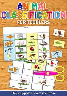 Animal Classification Worksheets (Preschool) This animal classification printable is a great beginning science activity for your toddler. Get a jump start on animal classification with this activity. Free Preschool, Preschool Science, Preschool Worksheets, Science For Kids, Learn Science, Preschool Printables, Elementary Science, Preschool Learning, Sorting Activities