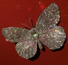 Butterfly Brooch by JAR, diamond, platinum, gold, 1990. Photo by Cheryl