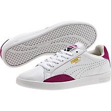 The Match Basic Sport remains true to a simplistic, yet classical approach to a Tennis shoe. Inspired by our Match from the 1974 PUMA Tennis collection, the two lateral leather overlays recall the extra reinforcement any tennis player is looking for.   Great leather and suede upper.  Perforations for improved breathability.  Padded collar – more comfortable to wear.  Stylish rubber cupsole for an optimised grip.