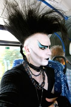 Ugh I love his makeup #tradgoth #goth