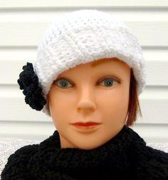 Chic Crochet Parisian Hat /  Fashionable by LaraineRoseHandiWorx
