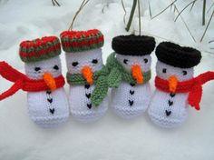 Snowman baby booties