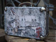 """Купить Чемодан """"Туманный Альбион"""" - серый, рисунок, лондон, винтаж, винтажный стиль, Великобритания, подарок"""