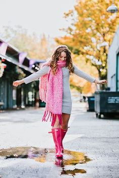 Cowgirl Outfits, Mom Outfits, Cute Outfits, Cowgirl Boots, Western Boots, Riding Boots, Boots Hunter, Red Hunter, Hunter Outfit