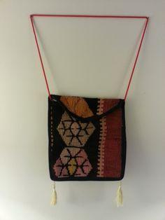 Handmade Messenger Bag Kilim Pattern Patchwork #handmadebag #kilim #kilimbag #patchwork