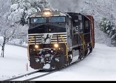 NS 9950 Norfolk Southern GE C40-9W (Dash 9-40CW) at Landis, North Carolina by Michael Ridenhour