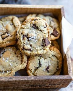 Sugar Chocolate Chip Cookie Recipe Chewy Brown Sugar Chocolate Chip Cookie recipe makes cookies that are the perfect blend of soft and chewy!Chewy Brown Sugar Chocolate Chip Cookie recipe makes cookies that are the perfect blend of soft and chewy! Brown Sugar Chocolate Chip Cookie Recipe, Chewy Chocolate Chip Cookies, Chocolate Chip Recipes, Chocolate Chocolate, Salted Cookies Recipe, Brown Butter Cookies, Chocolate Chip Granola Bars, Baking Chocolate, Dessert Chocolate
