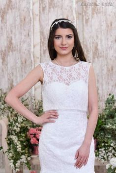 Need a plus-size Boho wedding dress dress for your next special occasion? Look no further than this fabulous assortment of ball gowns in plus sizes…. Boho Wedding Dress, Wedding Dresses, Bridal Bolero, Bolero Jacket, Plus Size Wedding, Dress For You, Ball Gowns, Special Occasion, Relax