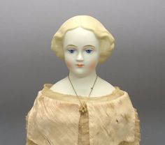 "1074: 18.5"" Emma Clear Parian-type Jenny Lind Doll : Lot 1074"