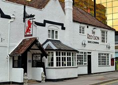 The Red Lion, Bracknell