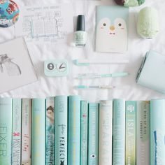Matching nailpolish to my books Ya Books, I Love Books, Books To Read, Book Aesthetic, Book Nooks, Book Fandoms, Book Of Life, Book Photography, Book Nerd