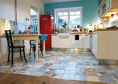 Gambar desain model keramik kamar mandi minimalis terbaru for Kitchen set terbaru