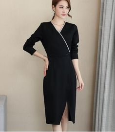 Wholesale price: US$ 18.29 Cheapest New Fashion Large Size Long-Sleeved V-Necked Open Dress Black