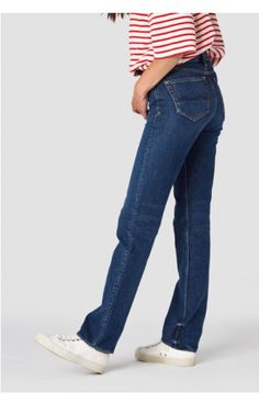 LUCY High rise straight Jean by Kings Of Indigo // High rise straight. The waistband is curved and the side seams are shaped in order to fit neat in Ethical Clothing, Ethical Fashion, Ethical Brands, Summer Collection, Sustainable Fashion, Stretch Fabric, Indigo, Organic Cotton, Thighs
