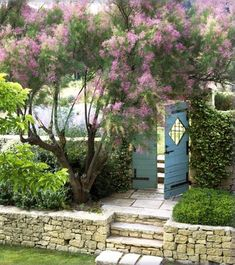 I would have a door like this leading to my own private garden thats walled in by plants and it would definitely have a lock and key <3