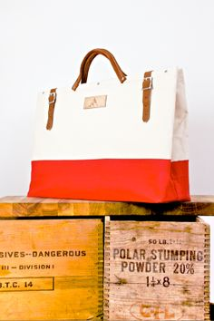 Perfect summer work tote!