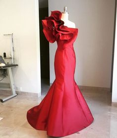 Sexy Red one Shoulder Mermaid Dress/ African Wedding Dresses/ Red Party Floor Length Mermaid Dress African Wedding Dress, Red Wedding Dresses, Prom Dresses With Sleeves, Bridesmaid Dresses, Formal Dresses, Lace Skirt And Blouse, Red Gowns, Elegant Outfit, Beautiful Gowns