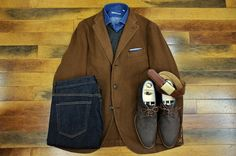Vicuna-colored cashmere soft coat from Boglioli, Eleventy cashmere/ silk V-neck sweater, Luciano Barbera denim shirt, and Edward Green nubuck shoes. #khakisofcarmel #boglioli #lucianobarbera #eleventy #edwardgreen #wkleinberg