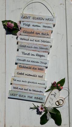 """http://de.dawanda.com/product/99978555-dekotafel-gehrt-euren-weg---hochzeit---ja-ich-will Dekoschild - GEHT EUREN WEG - """"Ja ... ich will """" ... mit Holzherz - ein wunderschönes Geschenk zur Hochzeit oder einem anderen Anlass - für ZWEI - Gute Wünsche zum freudigen Ereignis."""