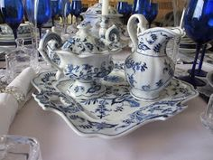 The Welcomed Guest: Blue Danube Birthday Party Blue Danube China, Blue And White China, Love Blue, Blue China, Blue Onion, Cobalt Glass, China Patterns, Color Azul, White Porcelain