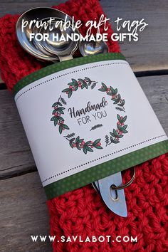 Printable Gift Tags for handmade gifts The tags are designed for any knit or crochet item, though they can also be used for other handmade gifts. The wraps are ideal for soaps and the hang tags work perfectly on just about anything made by hand. Crochet Home, Knit Or Crochet, Crochet Gifts, Gift Labels, Gift Tags Printable, Yarn Crafts, Sewing Crafts, Craft Fair Ideas To Sell, Craft Show Displays