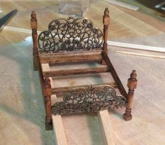Half scale Victorian bed how-to | The Den of Slack