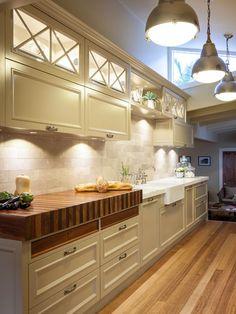 Kitchen decor, Kitchen designs, Kitchen decorating ideas - Burleigh Heads Hampton Style Kitchen