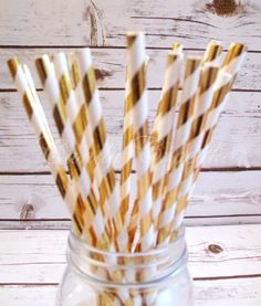 GOLD METALLIC STRIPE 25 Paper Straws with Gold by CandyCupcakeShop