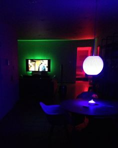 39 having way too much fun with my iphone controlled hue led lights meethue philipshue 39 meet. Black Bedroom Furniture Sets. Home Design Ideas