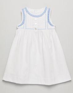 VESTIDO PIQUE BEBE White with light blue neck and arm trim. Pretty!