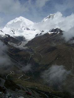 San Francisco Trail, outside of Huaraz, Peru - Cordillera Blanca Mountains