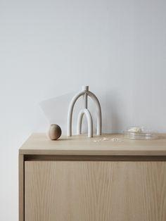 Nordiska Kök - Bespoke kitchens in Scandinavian design. Terracotta Vase, Ceramic Pottery, Ceramic Art, Layout Design, Cerámica Ideas, Interior Styling, Interior Design, Color Interior, Diy Kit