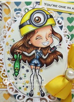 "Copic Marker España: Deborah Deruyck - June Guest Designer - ""Minion Girl"" - skin: E13, E11, E00, E000, R20 hair: E59, E37, E35, E33, E31 minion yellow: Y28, Y08, Y06, Y02, Y00 white socks and shirt: W5, W3, W1, blender worksuit: N9, B99, B97, B95, B93, B91 shoes and black round the helmet: N9, N7, N5, N3 green racket: N9, G28, G16, G14, G12 metal on helm: C7, C5, C3, C1 red button: R39"