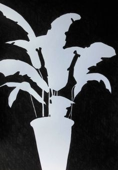 Project Drawing plants and flowers – mags phelan Space Drawings, Art Drawings, 100 Day Project Ideas, Intro To Art, Negative Space Art, Composition Drawing, White Plants, Plant Drawing, A Level Art
