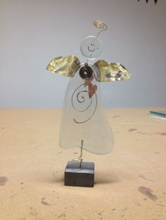 Handmade Angel (Olivia) made in fused glass on steel foot. Price € 45 Dkk 300 Made in Denmark by Artdust.dk