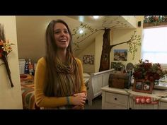 The Duggar Girls' Room | 19 Kids and Counting