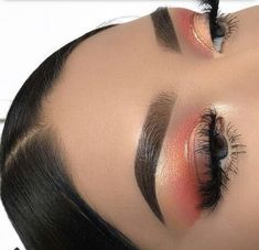 Peachy Keen 🍑 I'm back with a recreation from something I've created in the past. Hope you like it 💫 ______ : Precisely My Brow Pencil + Brow Setter 🙌🏻 ______ : Sweet Peach Palette Kiss Makeup, Cute Makeup, Gorgeous Makeup, Pretty Makeup, Makeup Art, Beauty Makeup, Hair Makeup, Makeup Goals, Makeup Inspo